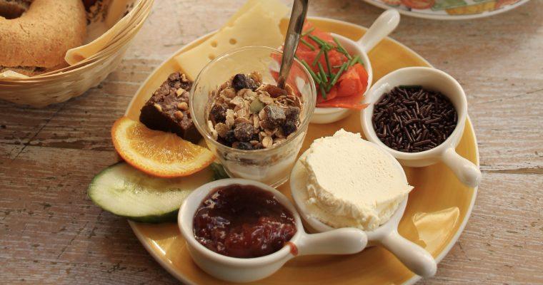 Lekker! Kolme ruokaa ja kolme ravintolaa, joita Amsterdamissa on pakko kokeilla