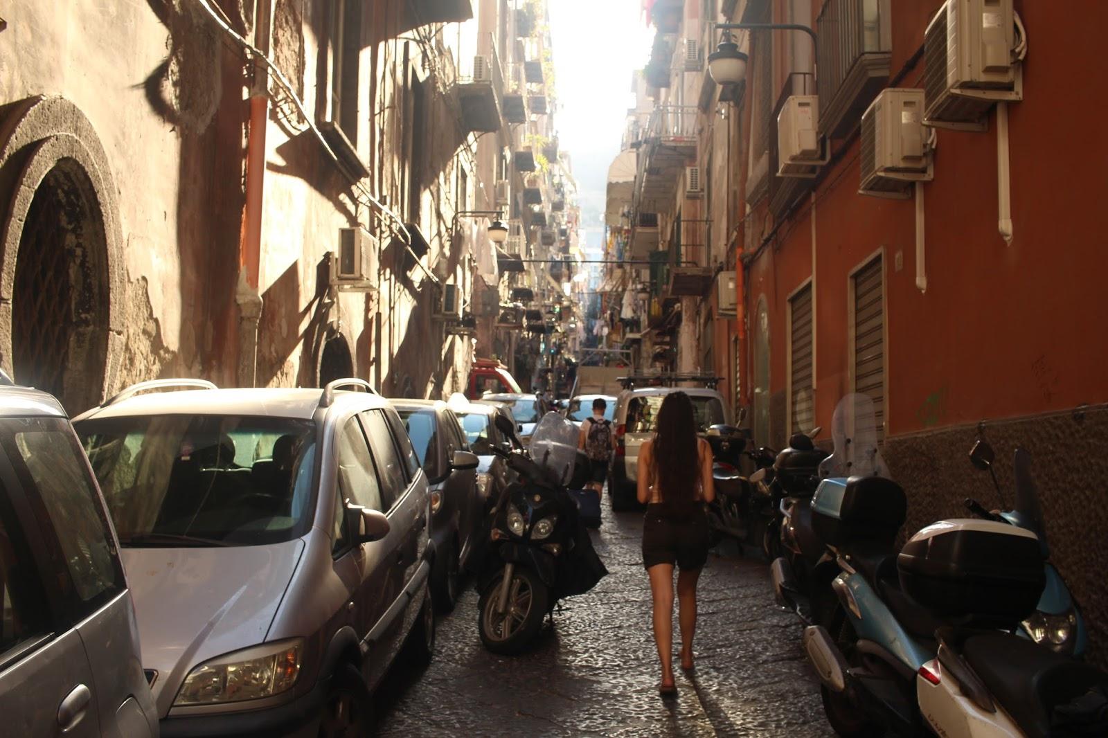 Uskaltaako Napoliin matkustaa?