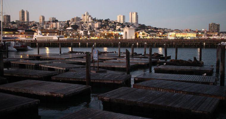 San Francisco: Auringonnousu laiturilla 39