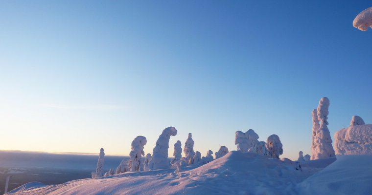 Kuudes luukku: onnea, Suomi!