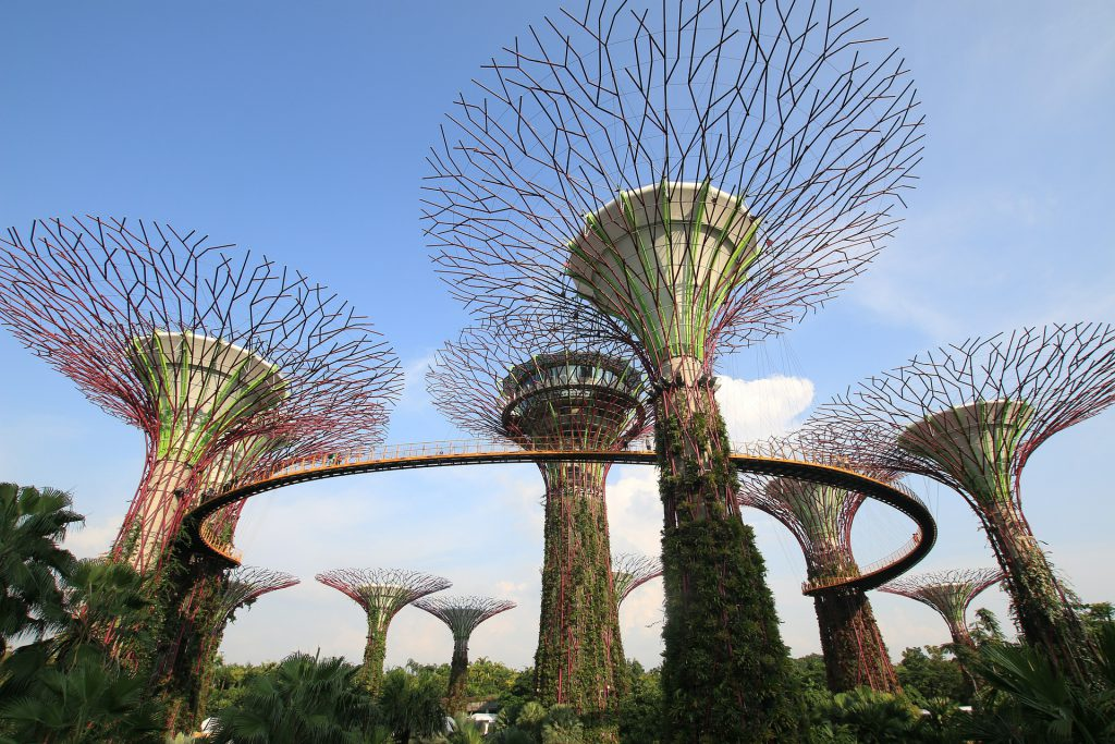 kymmenen matkaunelmaa: singapore